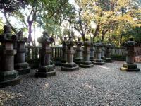 歴代城主奉献の石燈籠