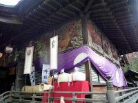 拝殿右の彫刻