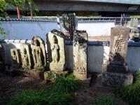古い庚申塔