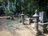 山内一唯一族の墓所
