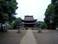 参道の先の地蔵堂