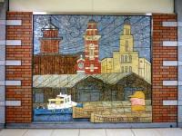 日本大通り駅三塔広場の三塔壁画