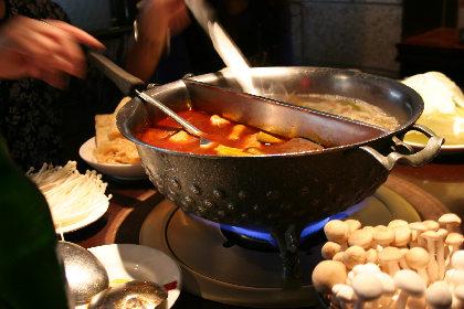 こちらが有名なお鍋ですか。