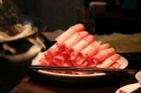 肉も大好き。
