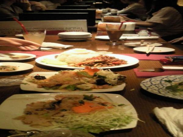 表参道タイ料理