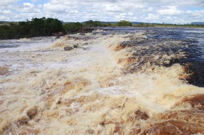 canaima-Venezuela_2010-11-30_64465.jpg