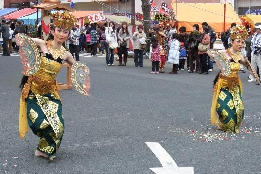 バリ島の伝統舞踏