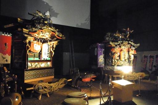 彫刻屋台の展示