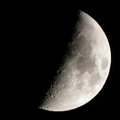 月撮れますねん