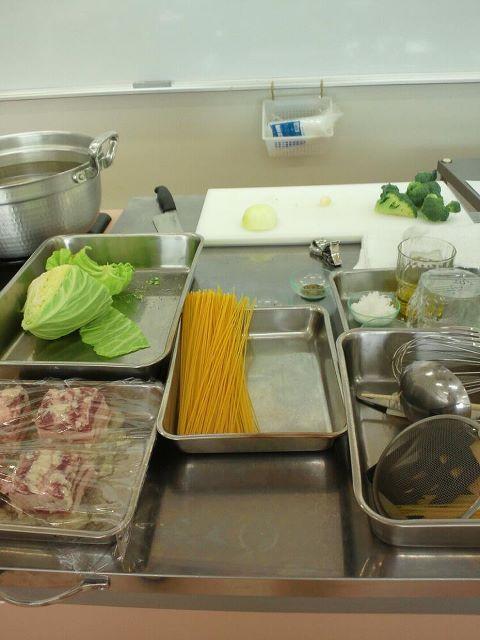 2012 2月女性の料理教室 塩豚とキャベツのオイルパスタ