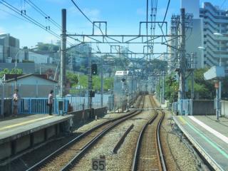 天王町駅構内は変化は無い。