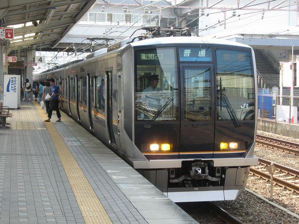JR神戸線の321系