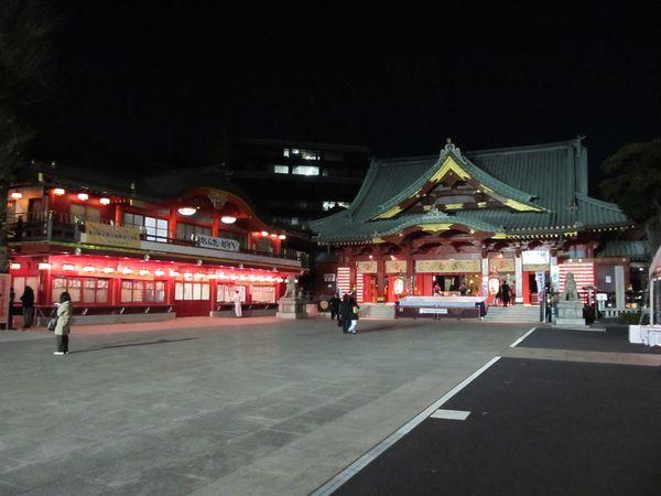 神田明神の社殿と社務所