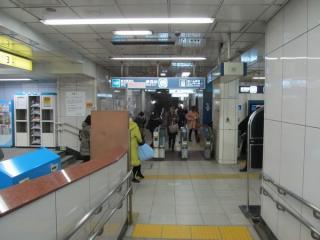 西船橋寄りにある改札口。南砂町駅の中心はこちら側。