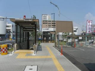 歌島橋地下横断歩道入口