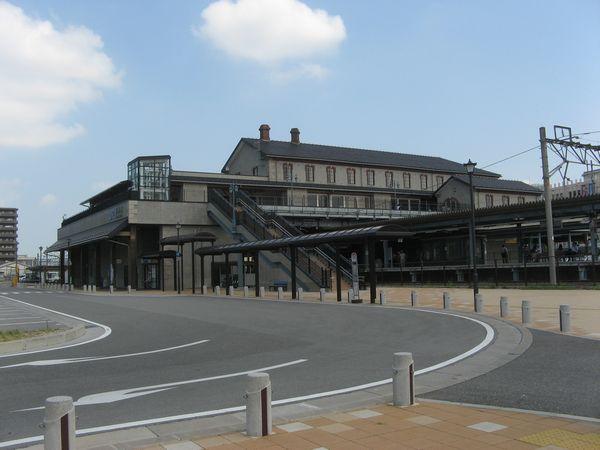2006年に改築された長浜駅の橋上駅舎。建物の意匠は旧駅舎のものを継承している。
