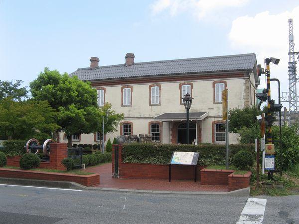 長浜鉄道スクエアの入口、旧長浜駅舎。