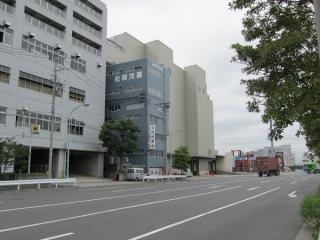 松岡冷蔵倉庫の建物