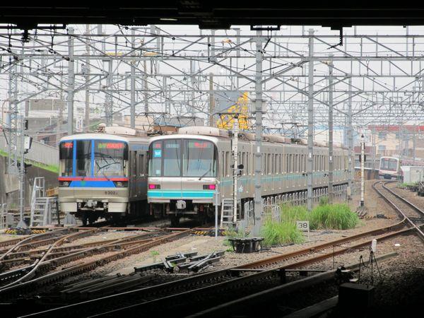 日吉駅横浜方の接続部分の現状。目黒線の折返し線となっている。