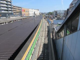 瀬谷駅の下り待避線新設工事
