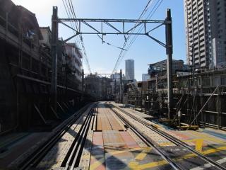 渋谷1号踏切から横浜方面を見る。