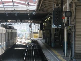 CS-ATC化により消灯した西船橋駅の信号機(現在は撤去)。