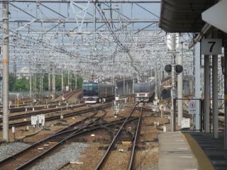 7・8番乗り場ホームから神戸・宝塚方面を見る。