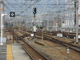 東海道線内側線神戸方の間にある折り返し用のY線。