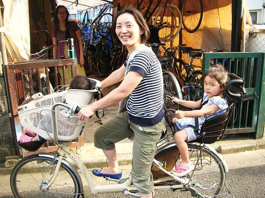 ただでさえ、重い自転車に子供 ...