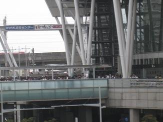 今日もたくさんの人が並んでいます
