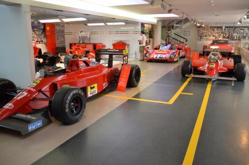 DSC 5987 convert 20110520203515 - モデナのフェラーリ博物館