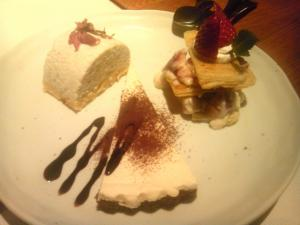 桜ムース、いちごミルフィーユ、レアチーズケーキ