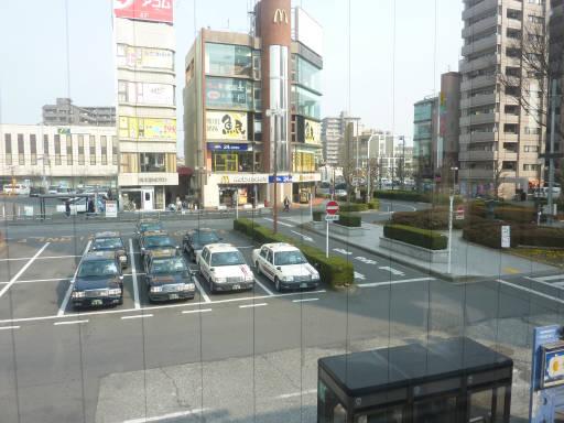 20110206・駅2・福生14