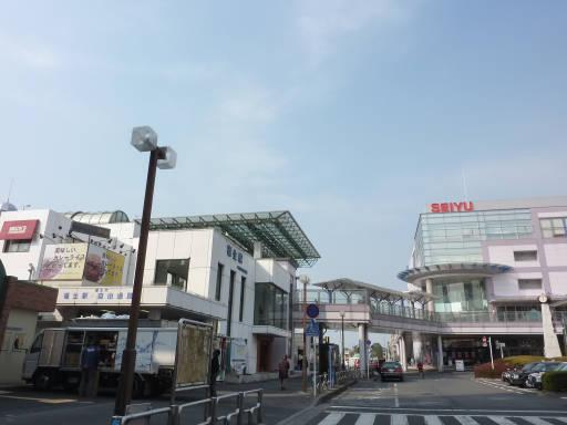 20110206・駅2・福生16