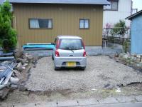 小屋跡地,駐車場未完