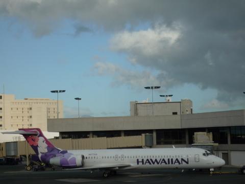 2011 Hawaiian Airline1