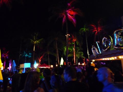 Countdown@waikiki beach1