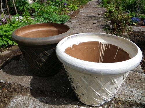 鉢のペイント