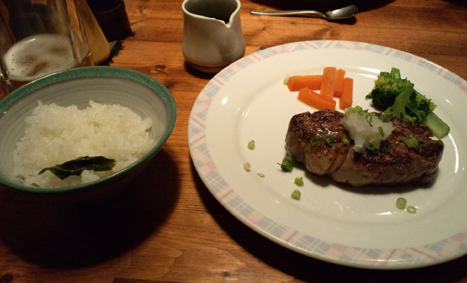 夕食のステ~キ。