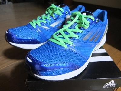 運動会の靴アディダス