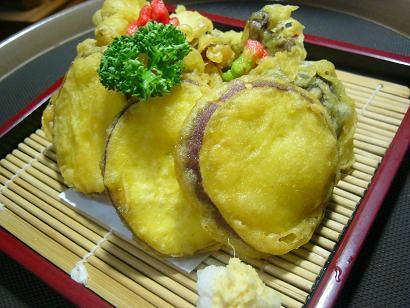 さつま芋とキノコの天ぷら3 (1)