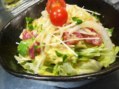 アボカドとマグロのサラダ