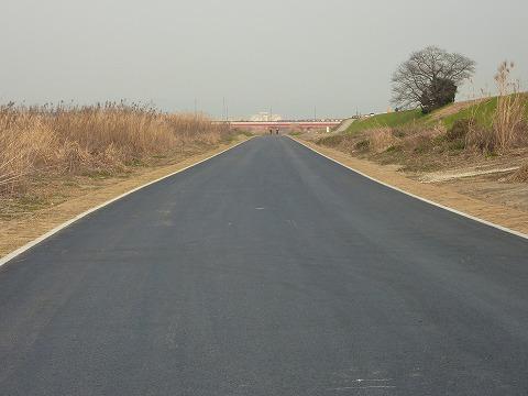 延長された道路