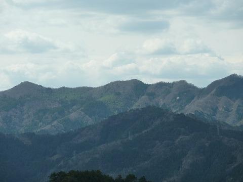 16号線の峠からの遠景02