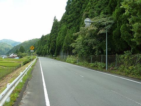 上弓削あたりの国道168号線