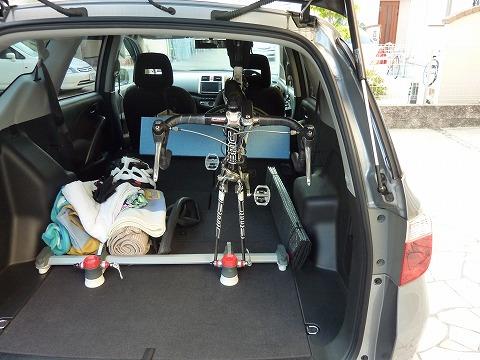 自転車を車に乗せる