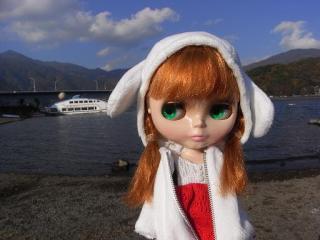河口湖とブラ姫