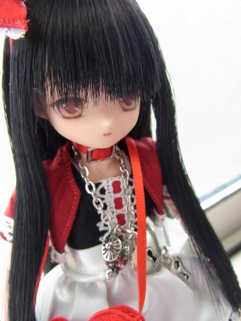 Black Alice02