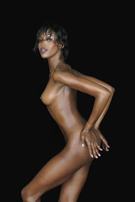 Naomi+Campbell_convert_20110202211426.jpg