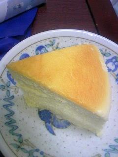 きってしまったチーズケーキ